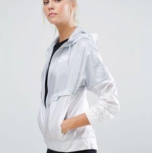 Nike Grey and white windbreaker windrunner